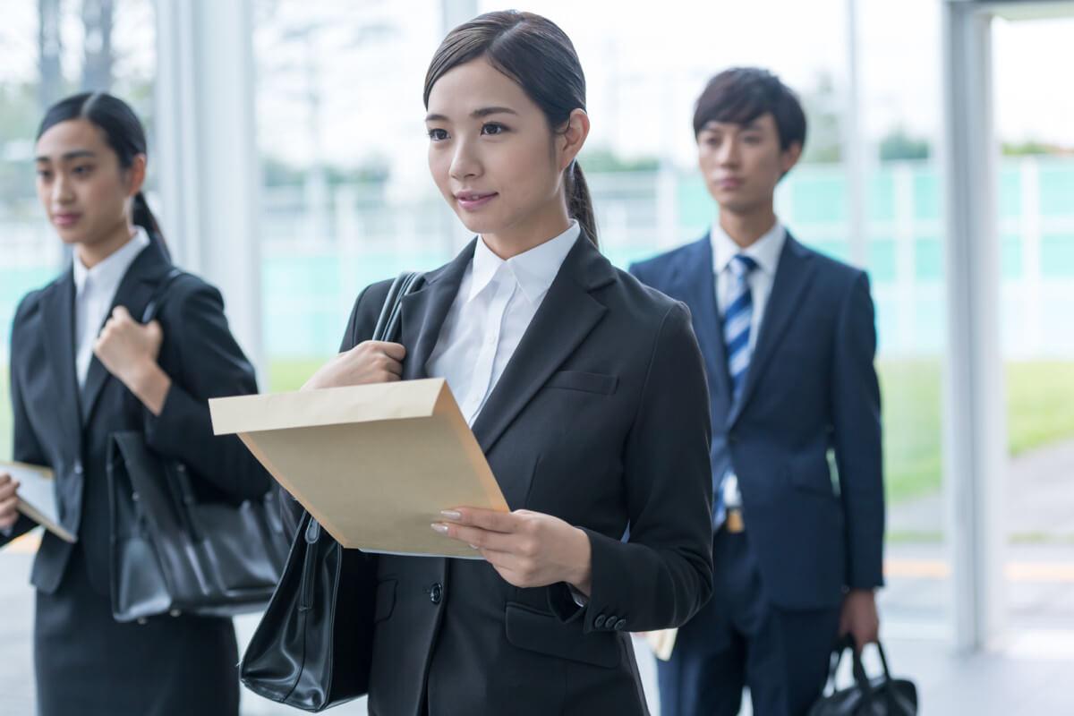 [美容師・接客業から転職]仕事辞めたい、理不尽と感じたら転職時期は見過ごすな
